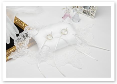 リングピロー手作りキット「クリスタルビーズ」純白のリングピローにレースとシルバービーズの輝き