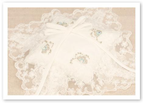 リングピロー手作りキット「オーロラ」張りのあるシルキーシャンタンに重なる純白のオーガンジー