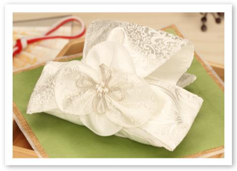 和風リングピロー完成品「雅」純白の光沢と気品あふれる立体感