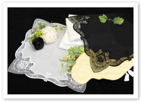 ウエディングハンカチ プルミエシリーズ マリア 花嫁の手元にふさわしい 気品あふれるレースハンカチ