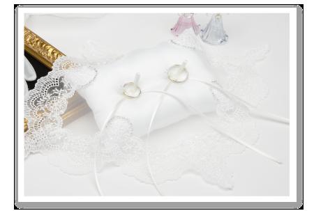 リングピロー専門店ルシエルブリレ イニシャル刺しゅうリングピロー / 完成品 一覧 「クリスタルビーズ」