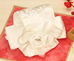 リングピロー専門店ルシエルブリレ/手作りキットの作り方 ~洋風リングピロー~ 華結 -はなむすび-